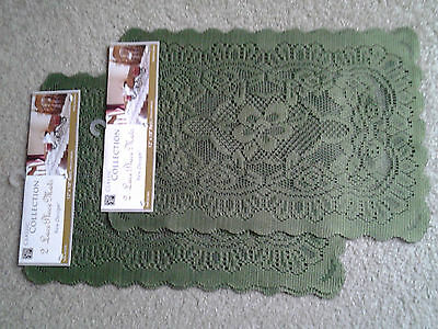 GREEN LACE set 4 CHRISTMAS 12 by 18 inch TABLE PLACEMATS mint unused condition!!