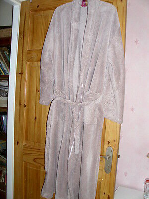 Ladies Roomy Dressing Gown Size 12-14