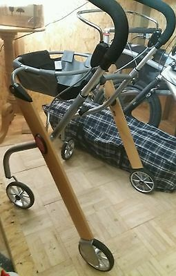 4 Wheeled Walker With Tray/bag (Lightweight By Trust Care) £50