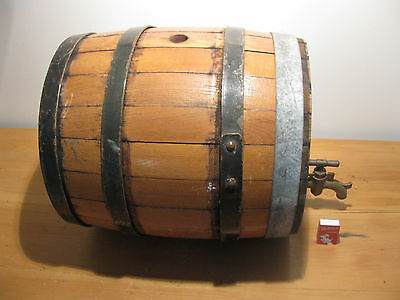 Vintage LARGE WOODEN WINE or PORT BARREL & BRASS TAP alcohol Home brewing 40Lt