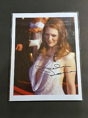 Julianne Moore   8x10 Signed Autographed Picture