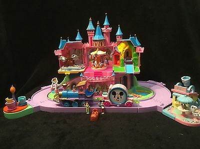 Polly Pocket château de Mickey (avec 2 personnages)