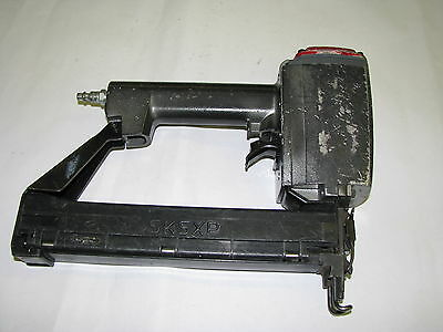 "Senco SKSXP 1/4"" Narrow Crown Stapler 7/8"" to 1-1/2""     (B)"