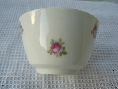 Vintage white/pink rosebud floral china sugar bowl Gold highlight Good condition