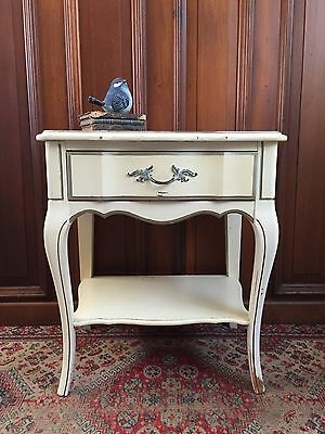 Vintage FRENCH PROVINCIAL Nightstand HOLLYWOOD REGENCY Victorian Side Table