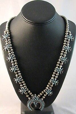 Gorgeous Vintage Old Pawn Sterling Silver Petit Point Turquoise Necklace