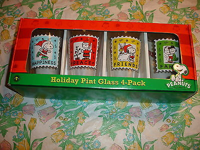 Peanuts Holiday Pint Glasses 4 Pack Snoopy-Charlie Brown-Lucy-Nib