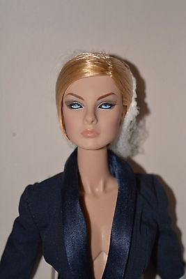 Fashion Royalty doll NuFace 2.0 NRFB Perfectly suited Giselle Supermodel excl.**