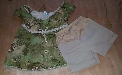 Women's maternity outfit shirt and shorts size small