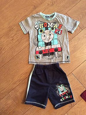 Boys Thomas The Tank Engine Shorts And T Shirt Age 3-4 Years