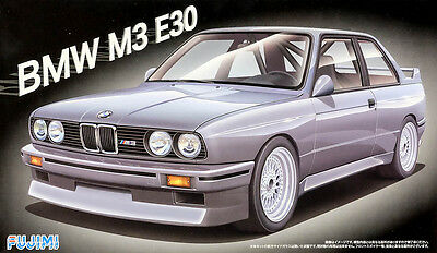 BMW M3 E30 1:24 Model Kit Bausatz Fujimi 125725
