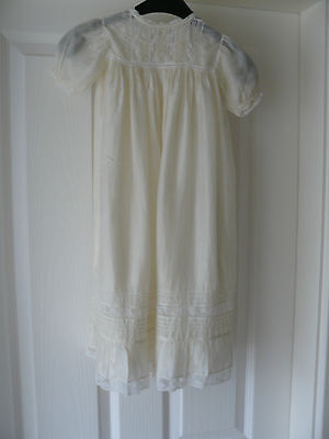 Vintage Edwardian cream silk baby / doll Christening gown c1910's. Lace/pintucks