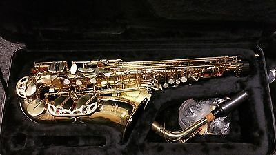 Stagg 77-SA Alto Saxophone and Stagg Hard Case