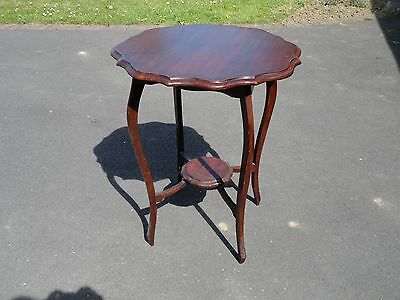 A Mahogany Octagonal Edwardian Style 2 Tier occasional table