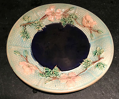 """Majolica Pottery ~ Rose & Rope Pattern with Cobalt Blue Center ~7 3/4"""" Diameter"""