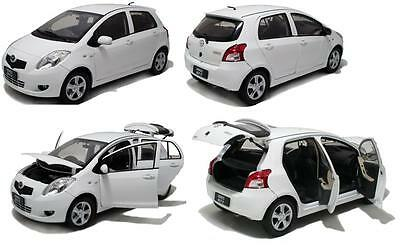2008 TOYOTA YARIS 5dr in White 1/18 scale model by PAUDI