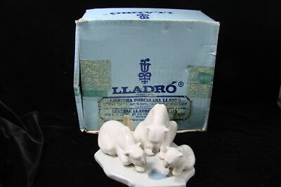 Lladro Bearly Love Polar Bear Family Fishing Figurine Original Box Daisa 1984