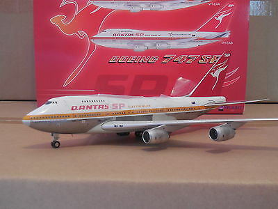 1/200 Inflight If747Sp001  Boeing 747 Sp Qantas Vh-Eaa  Ochre Livery  Polished