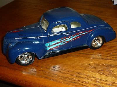 1940 Ford Deluxe Flathead Model 1/24 Hand Striped #60894
