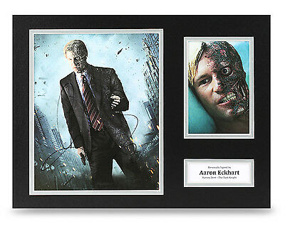 Aaron Eckhart Signed 16x12 Photo Autograph Dark Knight Memorabilia Display + COA