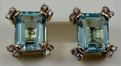 18ct yellow gold BLUE TOPAZ and DIAMOND stud earrings