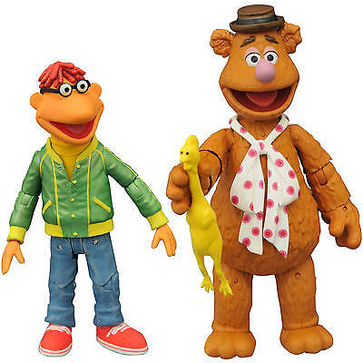Diamond The Muppets Select Series 1 Fozzie with Scooter