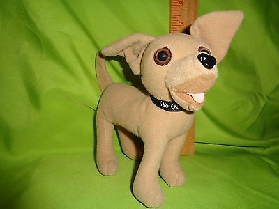 Taco Bell Dog Stuffed Plush Talking Dog Says Yo Quiro Taco Bell On All Four Paws