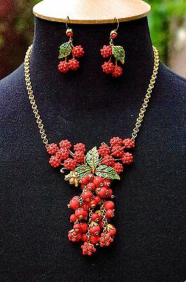 A Vintage Coral Berries Necklace & Earring Demi Parure Signed Askew London