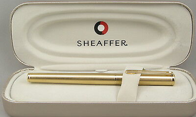 Sheaffer Agio Brushed Gold Fountain Pen In Box - Made In USA - 2006 NOS