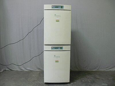Forma Scientific Model 3110 Dual Stack Water Jacketed CO2 Incubator