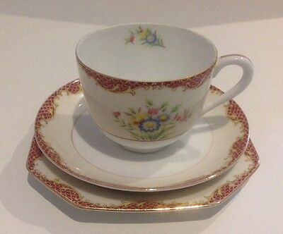 VINTAGE NORITAKE TRIO SET. Tea Cup and Saucer with Octagonal Side Plate.