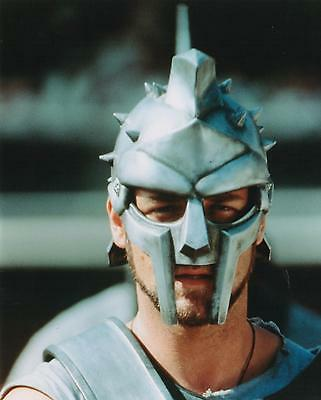 """RUSSELL CROWE PHOTO from GLADIATOR MOVIE - NEW - GLOSSY 10"""" x 8"""" AGFA PRINT"""