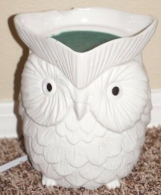 Scentsy Owl Whoot full size wax warmer white