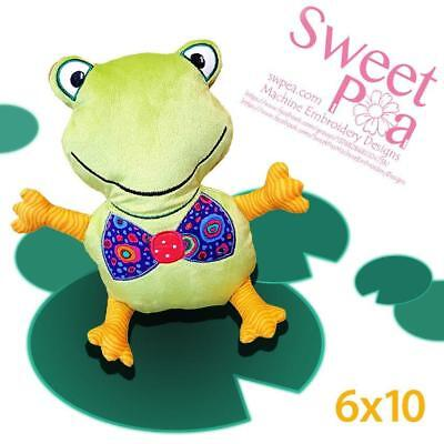 Machine Embroidery Pattern Frog stuffed toy ITH in the hoop 6x10