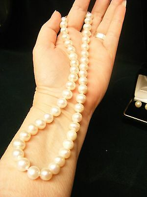 Japanese Akoya Pearl Necklace And Earring Set....9 &10 Mm...reduced!!!