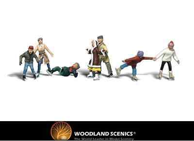 Woodland Scenics A2184 Ice Skaters Figures N Gauge