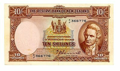 New Zealand ... P-158a ... 10 Shillings ... ND(1940-67) ... *XF+*