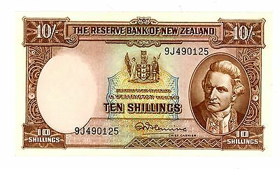 New Zealand ... P-158d ... 10 Shillings ... ND(1967) ... *XF+*