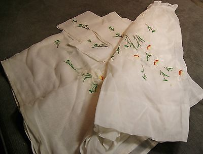 embroidered linen table cloth, 4 napkins, and apron