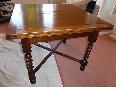 ANTIQUE OAK BARLEY TWIST DINING TABLE (extendable)