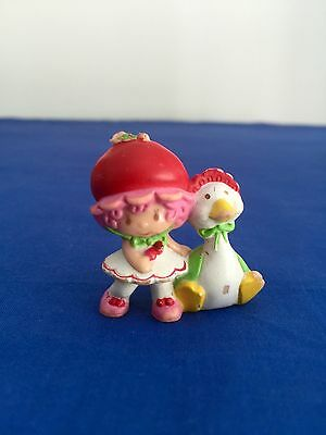 Vintage STRAWBERRY SHORTCAKE Doll Mini CHERRY CUDDLER With Gooseberry