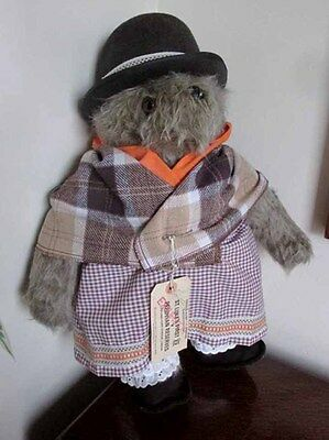 Vintage Paddington Bears Aunt Lucy By Gabrielle Designs In Original Clothing