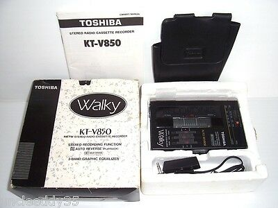 TOSHIBA KT-V850 WALKY FM/AM Stereo Radio Cassette Recorder in box holder. Tested