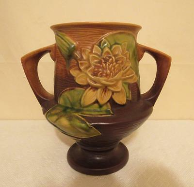 Roseville Pottery Water Lily Double Handled Vase 175-8
