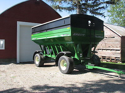 2009 Brent 644 Grain Wagon w/brakes,fenders,lights and roll tarp