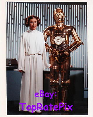 CARRIE FISHER  -  as Princess Leia (Star Wars)  8x10 Photo  #2
