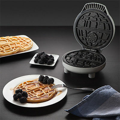 Star Wars Death Star Waffle Maker  ~ Global Shippping Available ~ GSP
