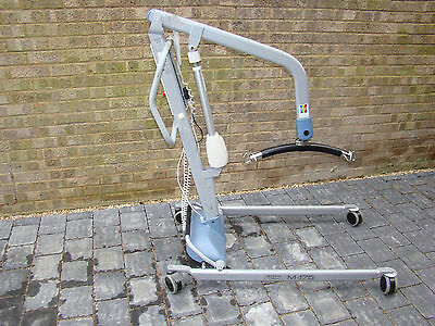 Freeway M-175 Mobility Disabled Hoist / Lift Electric Legs (Delivery Possible)