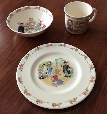 Royal Doulton BUNNYKINS Peter Rabbit ENGLISH FINE BONE CHINA Set COLLECTIBLE