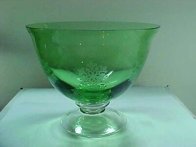 Emerald Green Art Glass Pedestal Center Console Bowl with Snowflakes